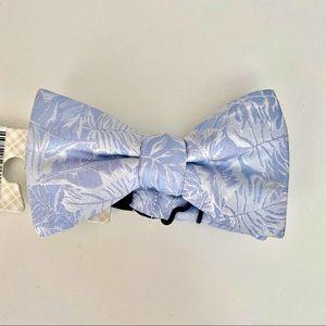 Ryan Seacrest Mens Silk Jacquard Bow Tie